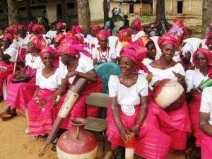 Members of Nkwa Nwite Dance Group